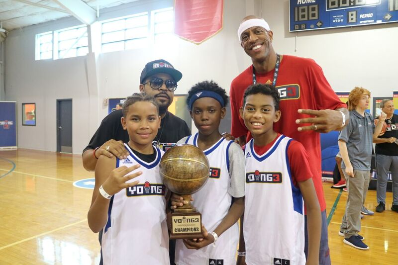 Jerome Williams JYD and Ice Cube posing with Young3 winners.